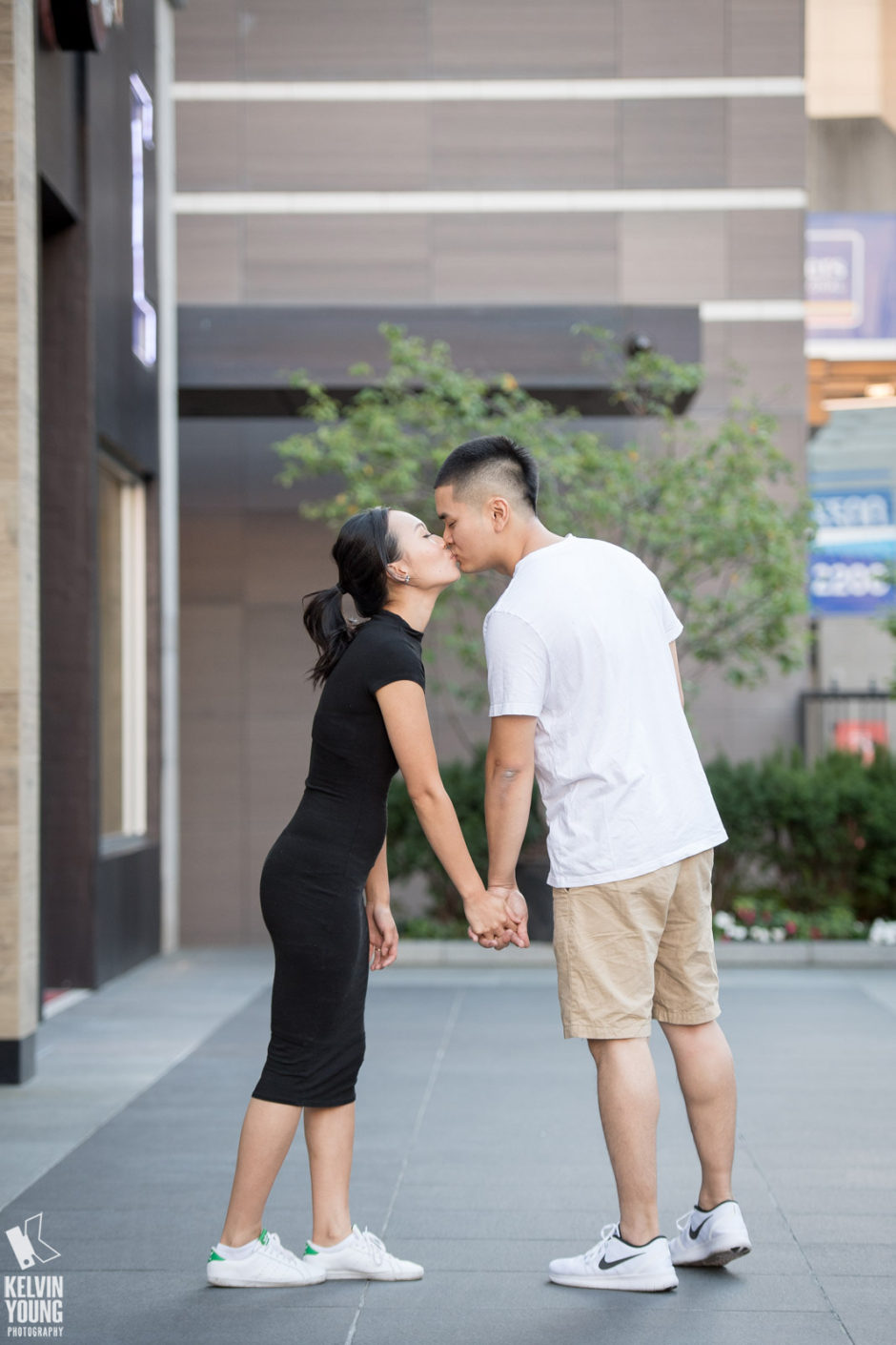 kelvin-young-photography_lydia-kevin-toronto-engagement-photos_010